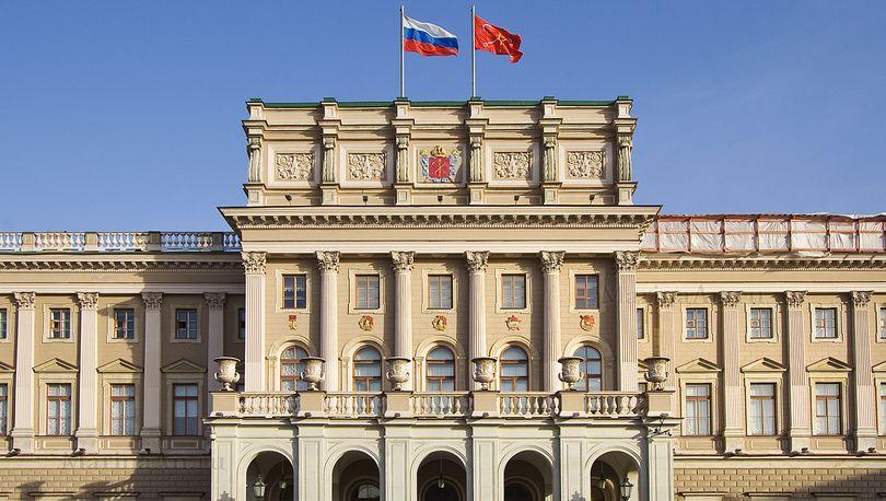 Депутаты ЗакСа приняли обращение к Дмитрию Медведеву по ситуации с