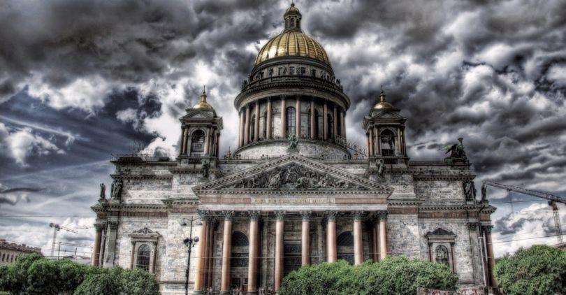 ВПетербурге нареферендум могут вынести вопрос олишении мандатов депутатов Заксобрания