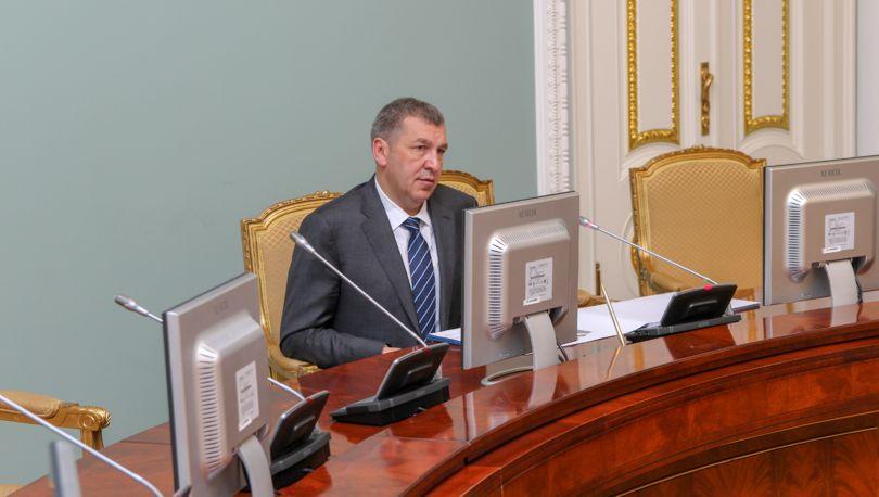 Замглавы комитета поблагоустройству Петербурга уволен из-за коррупции