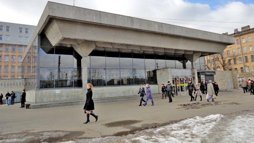 КРТИ объявил конкурс напроект перехватывающей парковки уметро «Выборгская»