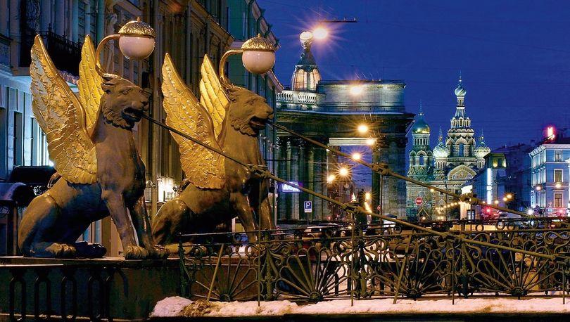 Грифоны с Банковского моста отправятся на реставрацию 21 декабря