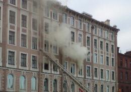 В пожаре на Обводном погибла женщина