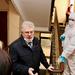 Дезинфекция лестничных клеток и дворов в Петербурге выполняется на должном уровне