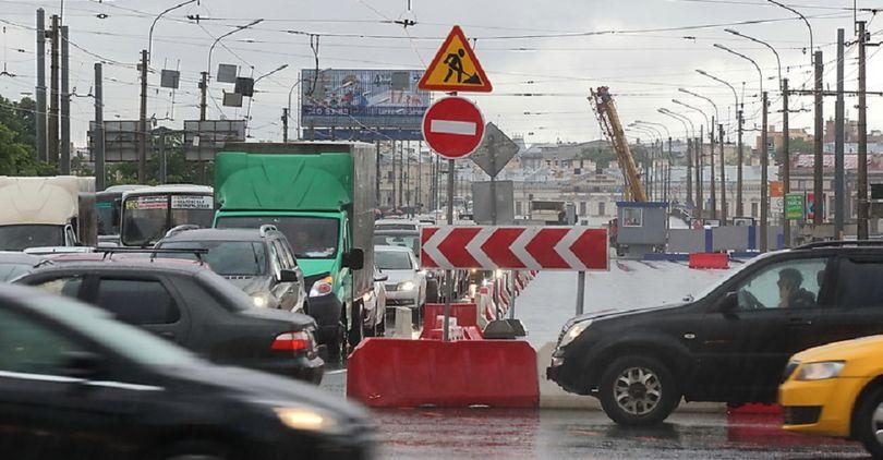 Работы на Тучковом мосту завершат раньше срока