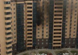 Из горящей квартиры на Мебельной спасли мужчину