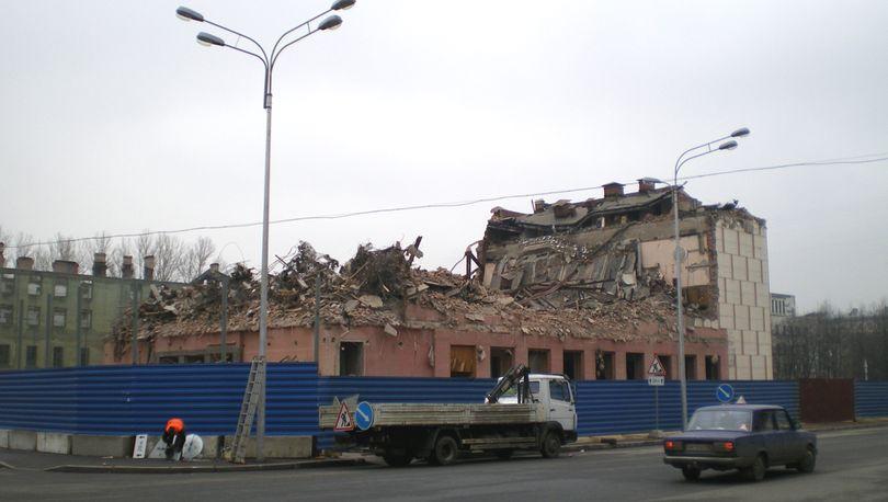 Градозащитники просят не застраивать площадку бывшего кинотеатра «Зенит»