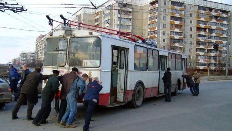 Троллейбусная линия в Красносельском районе останется недостроенной
