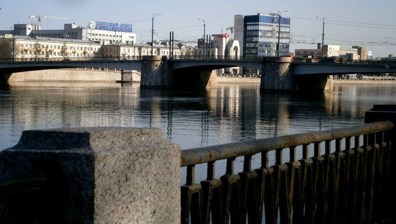 Ночью разведут Сампсониевский и Гренадерский мосты
