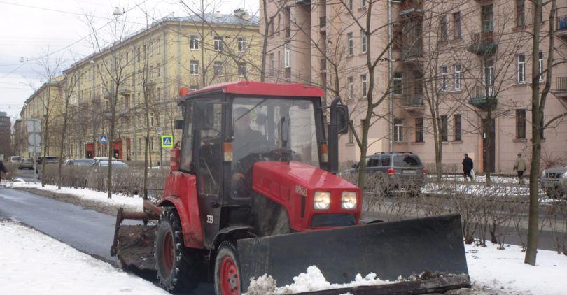 Дорожники вПетербурге завершили зимний сезон