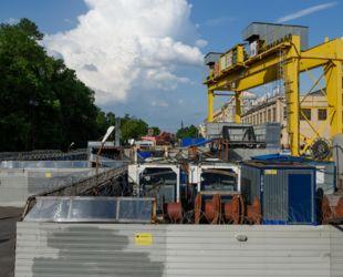 В Смольном объяснили причины отставания от Москвы по развитию метро