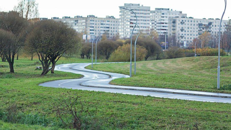В Муринском парке реконструируют дождевую канализацию