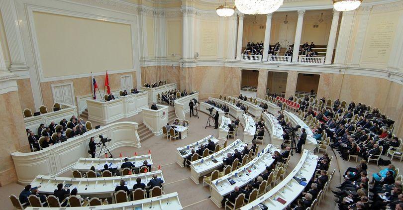 Группа депутатов ЗакСа выступила за передачу Исаакиевского собора