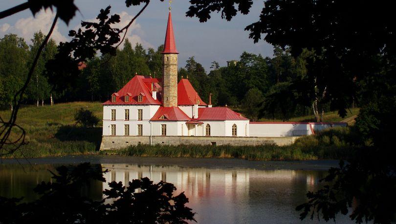 Ленобласть планирует восстановить Приоратский парк