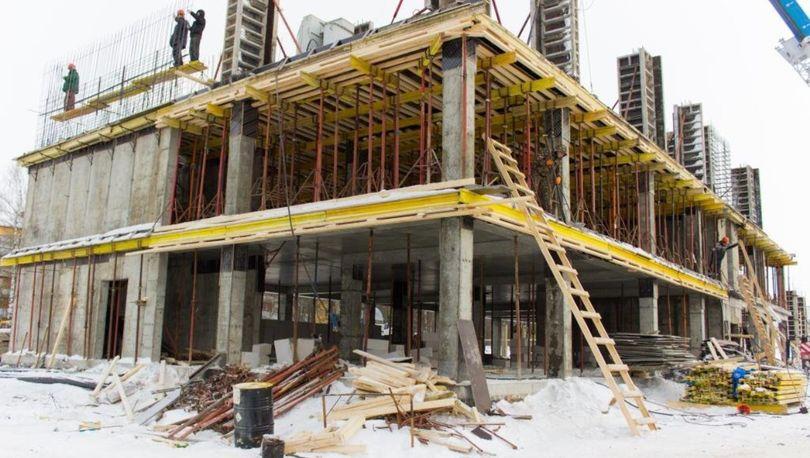 школа строится