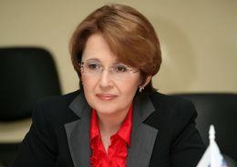 Депутат Госдумы Дмитриева уверена, что инициатива об исключении пригородов Петербурга из-под охраны ЮНЕСКО принадлежит строительному лобби