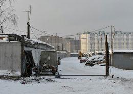 Законодательное Собрание Петербурга приняло закон, закрепляющий право на получение компенсаций владельцами снесенных гаражей