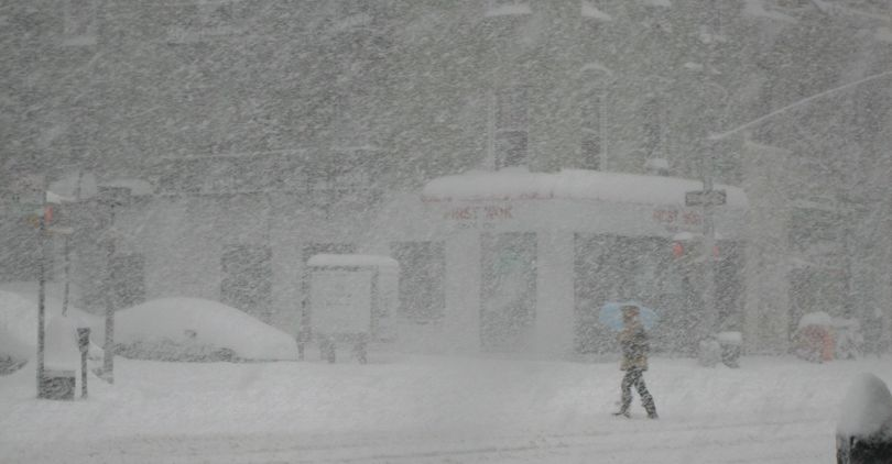 На Петербург надвигается снежная буря