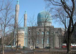 Молельный зал мечети отреставрируют к ноябрю