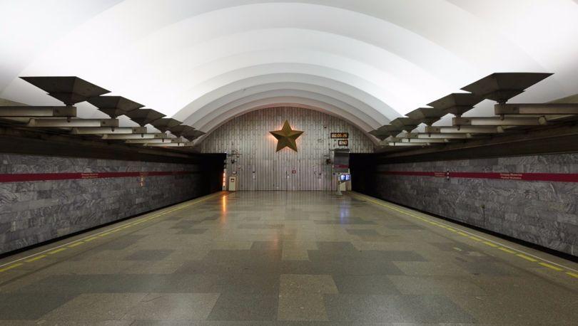 Площадь Мужества