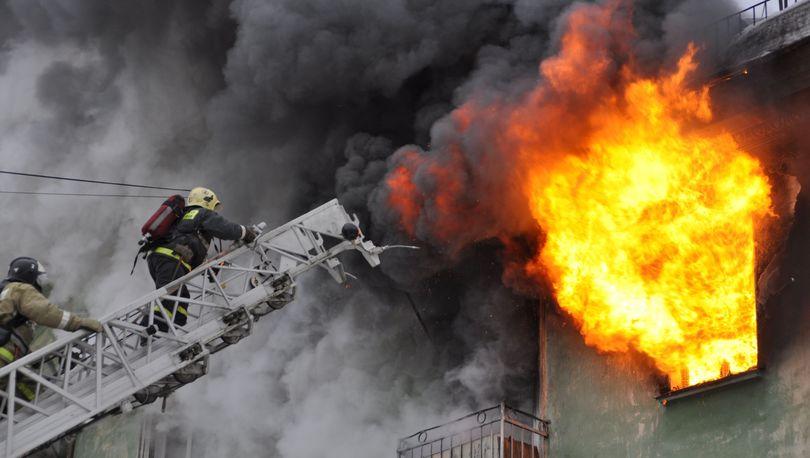 На улице Ольги Форш горела квартира