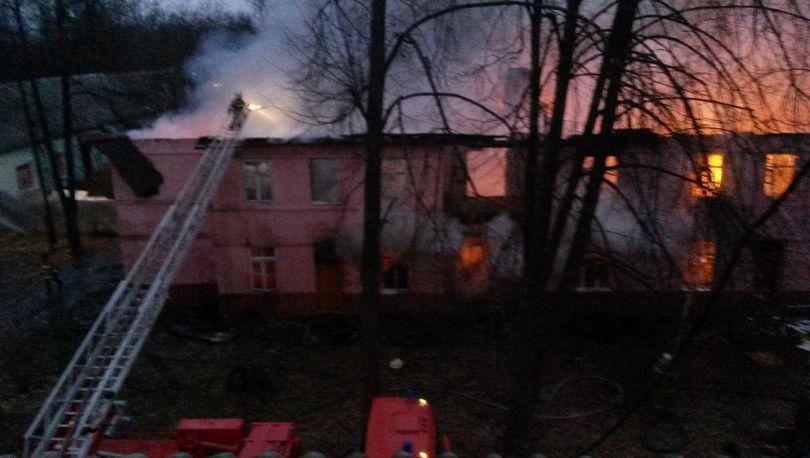 На Приморском проспекте горел расселенный дом