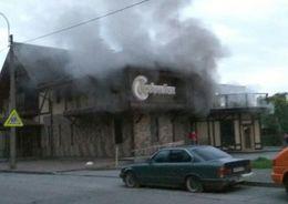 На Светлановском проспекте тушили ресторан
