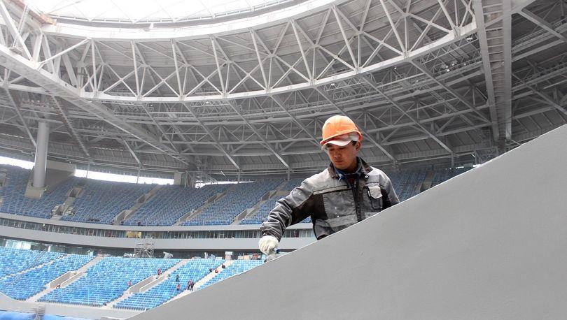 Крыша «Зенит-Арены» выдержала снеговую нагрузку