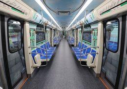 В работе третьей линии метро произошел сбой