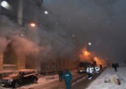 В Кировском районе опять горело бывшее общежитие на проспекте Стачек