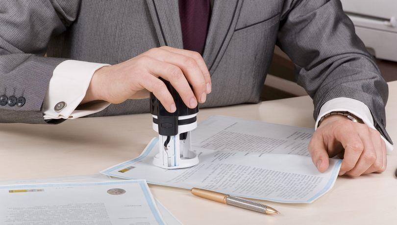 В РФ могут разрешить куплю-продажу земельной доли без нотариального удостоверения