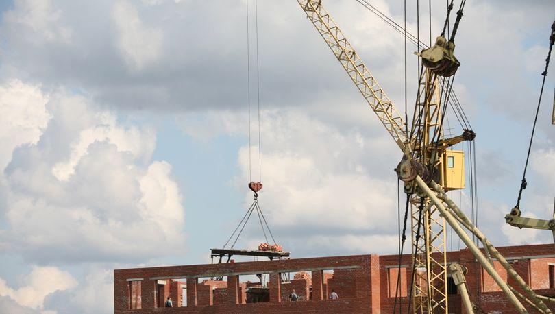 В РФ приостановили строительство более 11 млн кв. м жилья