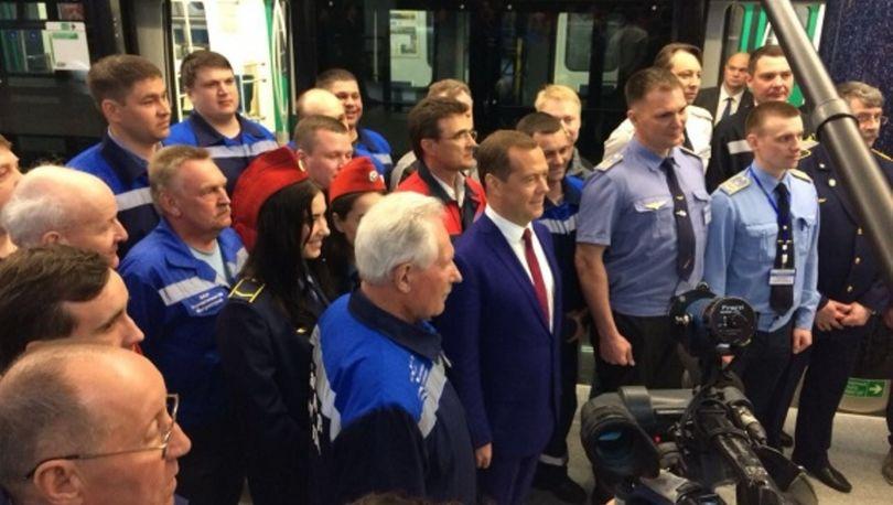 Медведев в метро