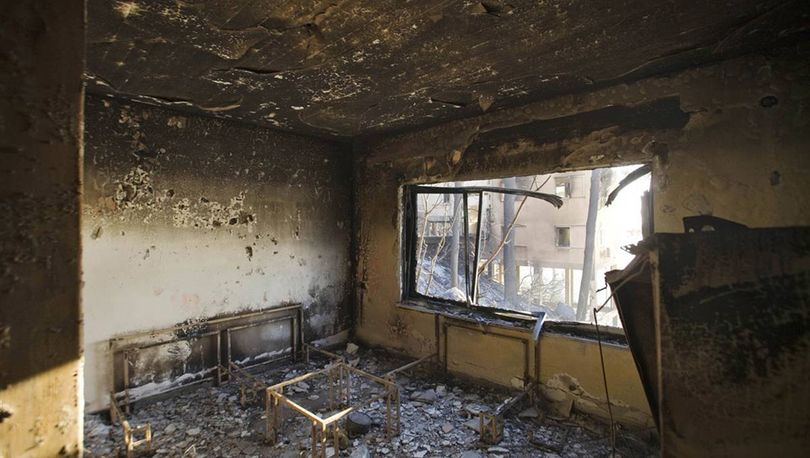 В Невском районе четырех человек спасли из горящей квартиры