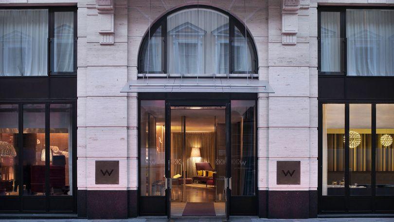Сын вице-губернатора Говорунова стал единственным владельцем отеля W St. Petersburg