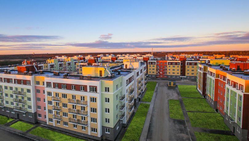 Активисты вышли наплощадь Ленина защищать зелёные зоны Петербурга