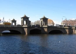 Старо-Калинкин мост отремонтируют