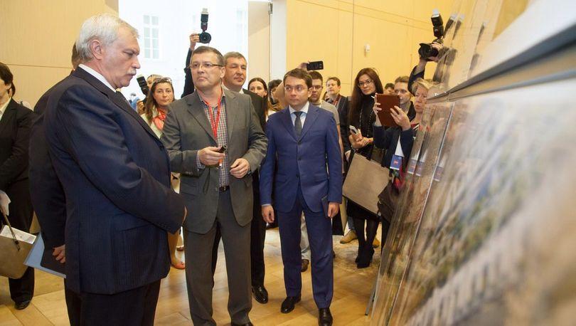 В Главном штабе Эрмитажа показали проекты преобразования Серого пояса