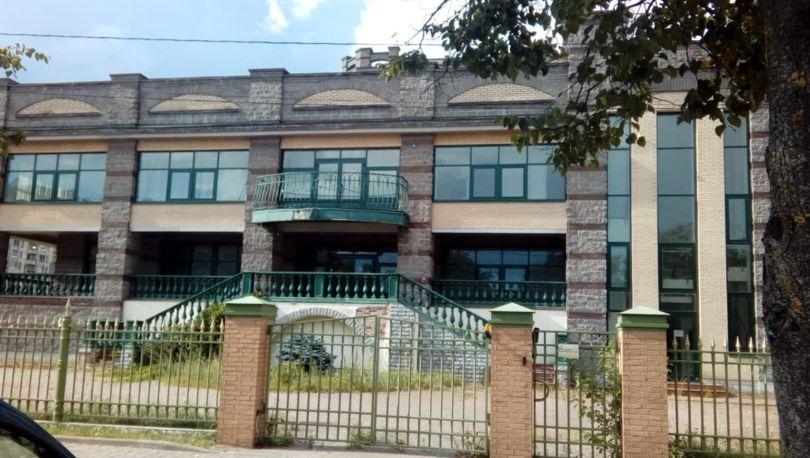 Бизнес-центр на Нахимова