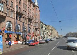 На Лиговском проспекте до конца сентября меняется движение автобусов и трамваев