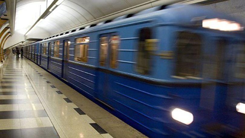 Метро в Петербурге будет работать всю новогоднюю ночь