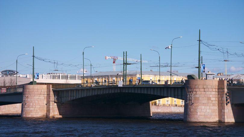 Ремонт Тучкова моста начнется 28 мая