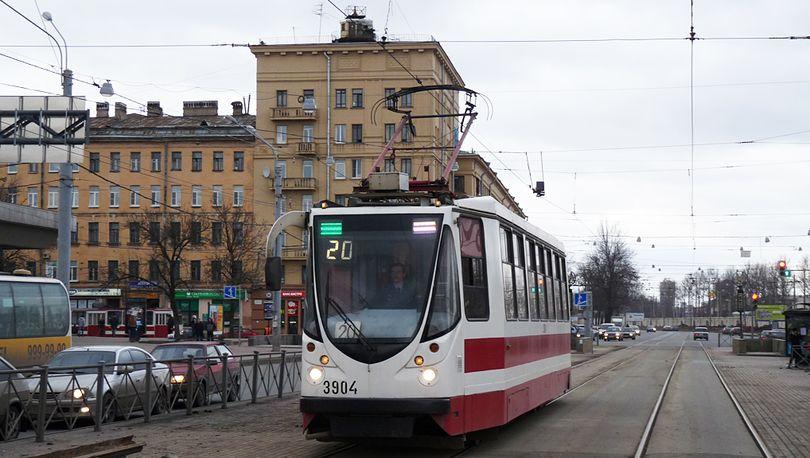 В сентябре на Лесном проспекте трамваи изменят маршрут