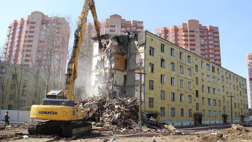 ЗакС проголосовал против принятия законопроекта о сносе одноквартирных домов, признанных аварийными
