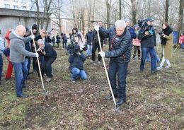 В генеральной уборке Петербурга приняли участие 230 тысяч горожан