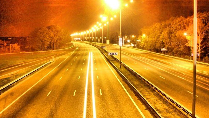 На трассах Ленобласти автоматизируют наружное освещение