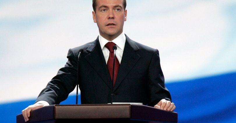 Медведев подписал увеличение цены «Платона»