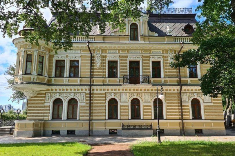 особняк Леоновой