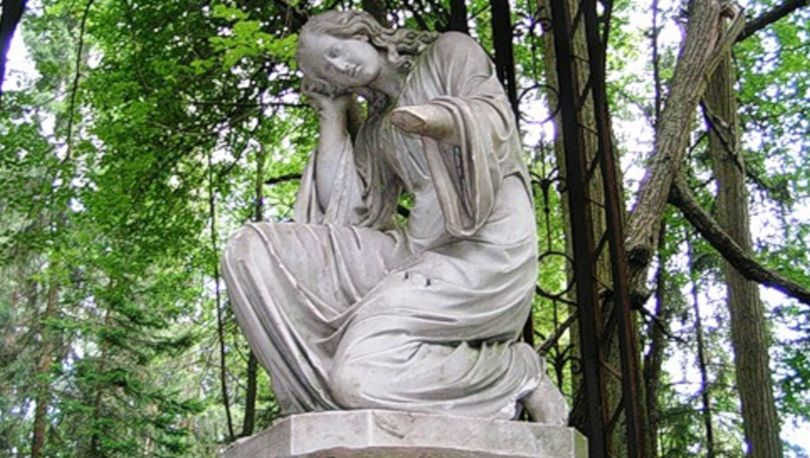 памятник павловск