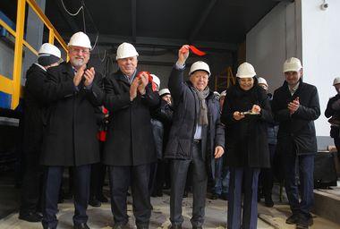 Киришский ДСК, входящий в строительную корпорацию «ЛенРусСтрой»,  открыл новую технологическую линию по  производству стеновых панелей.