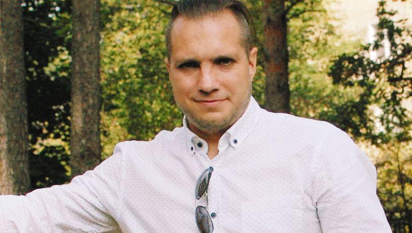 Максим Лазуткин